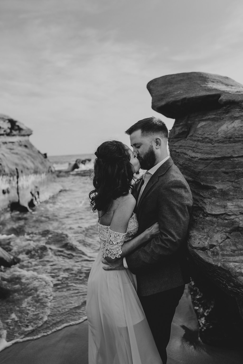 pinkfeatherphotography-Lajollabeach-engagement(40of146).jpg