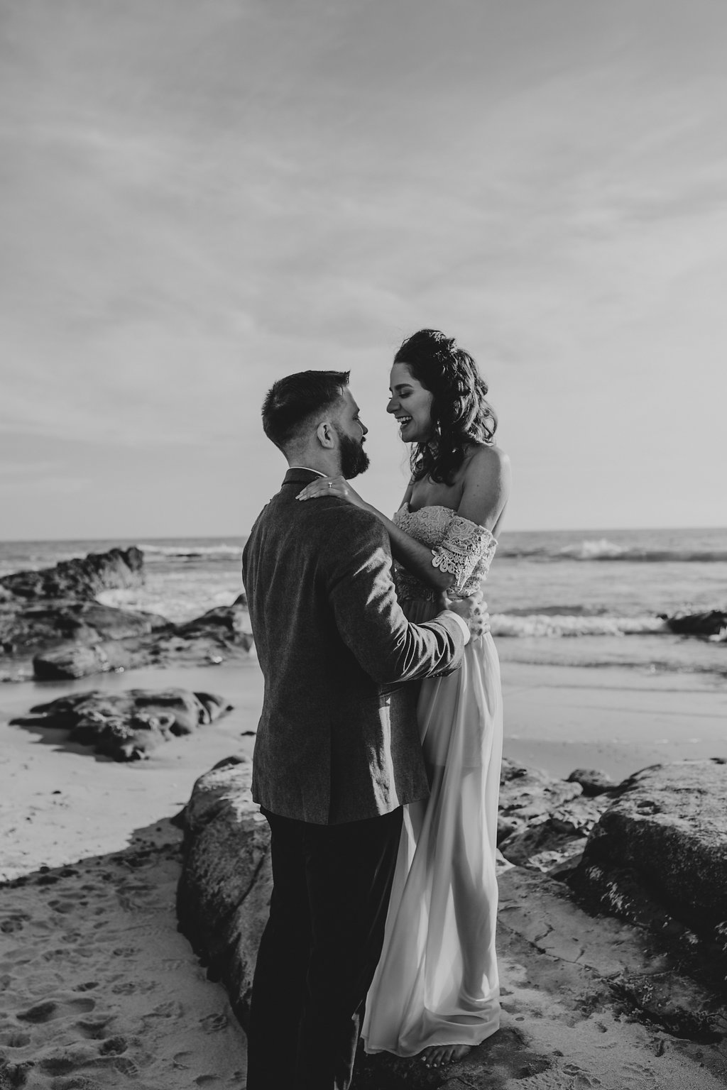 pinkfeatherphotography-Lajollabeach-engagement(9of146).jpg