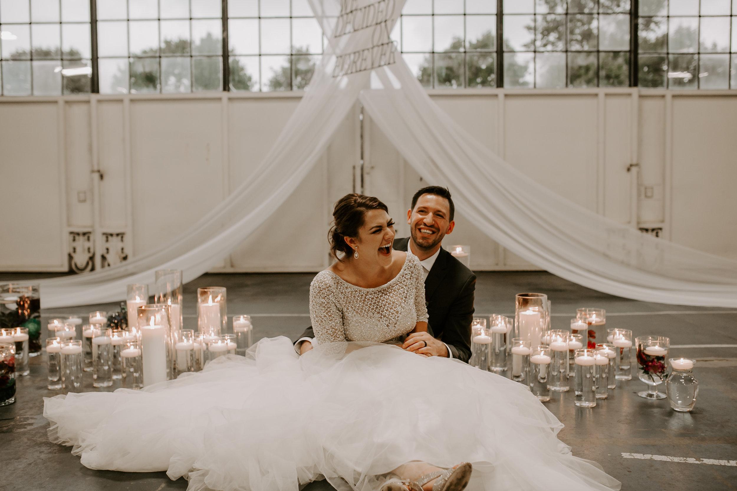 pinkfeatherphotography.Hanger 30- Seattle-Wedding  (450 of 710).jpg