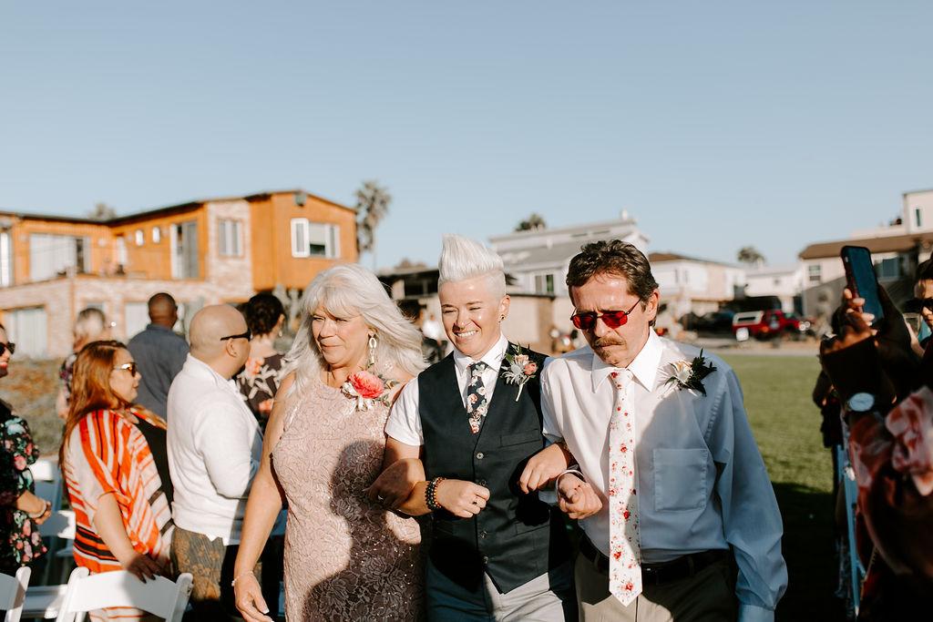 pinkfeatherphotography.OceanBeach-Wedding(102of591).jpg