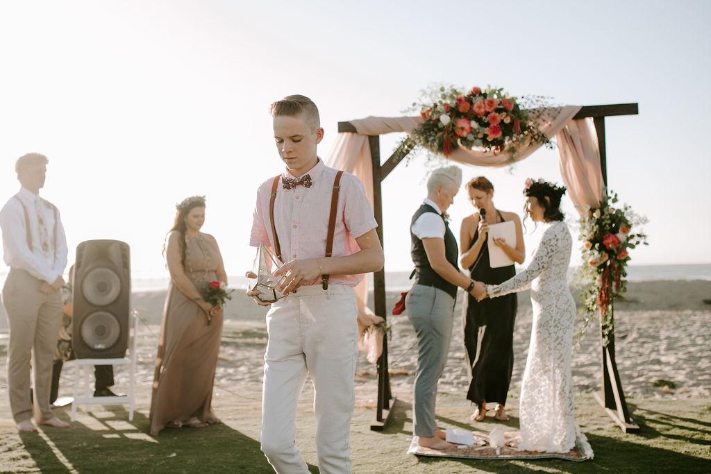 pinkfeatherphotography.OceanBeach-Wedding(147of591).jpg