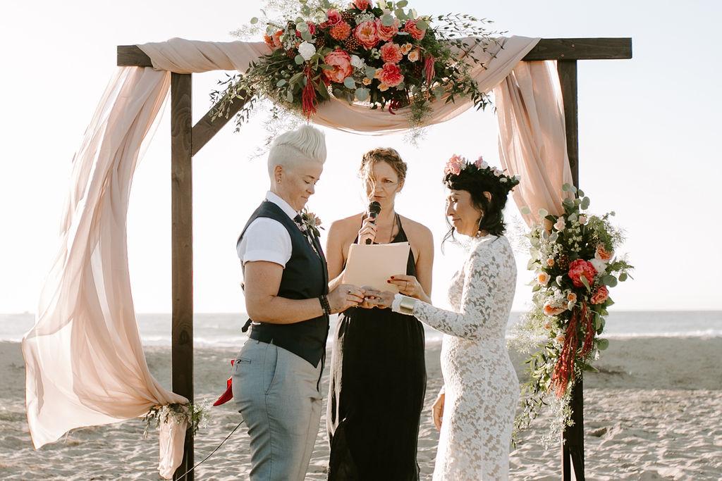 pinkfeatherphotography.OceanBeach-Wedding(150of591).jpg