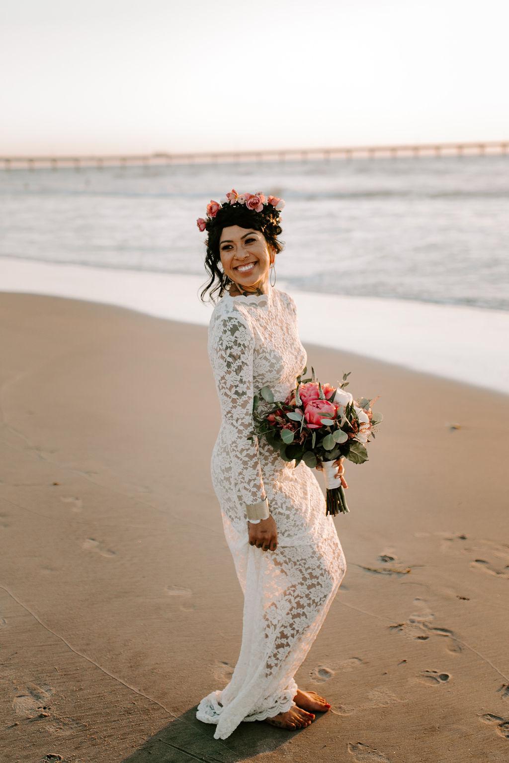 pinkfeatherphotography.OceanBeach-Wedding(335of591).jpg