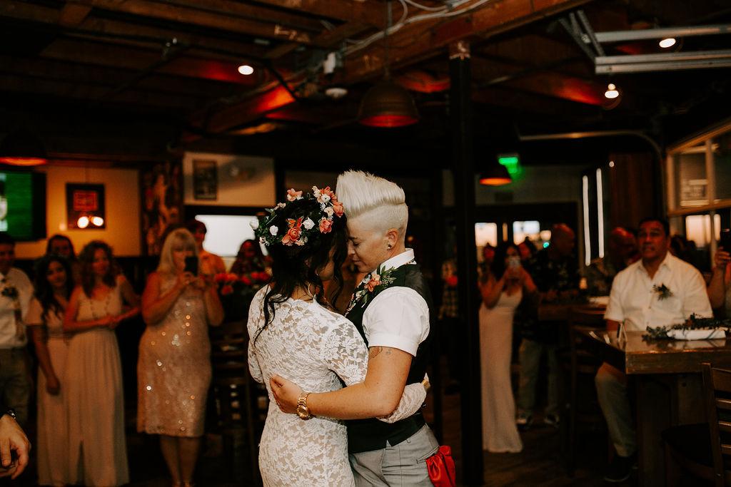 pinkfeatherphotography.OceanBeach-Wedding(390of591).jpg