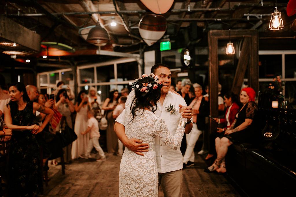 pinkfeatherphotography.OceanBeach-Wedding(528of591).jpg