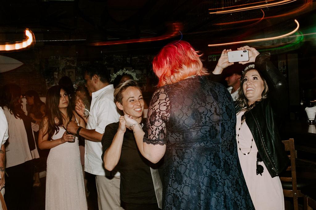 pinkfeatherphotography.OceanBeach-Wedding(563of591).jpg
