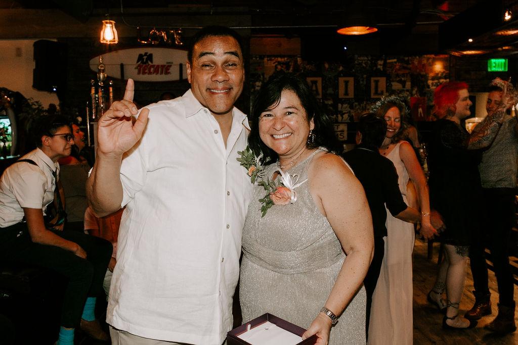 pinkfeatherphotography.OceanBeach-Wedding(572of591).jpg