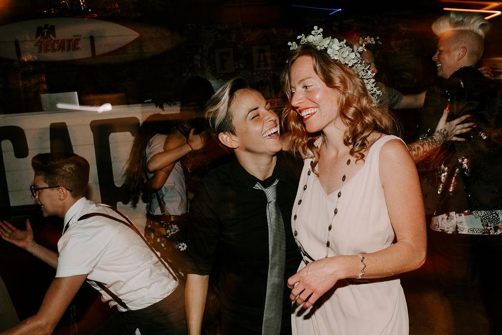 pinkfeatherphotography.OceanBeach-Wedding(574of591).jpg