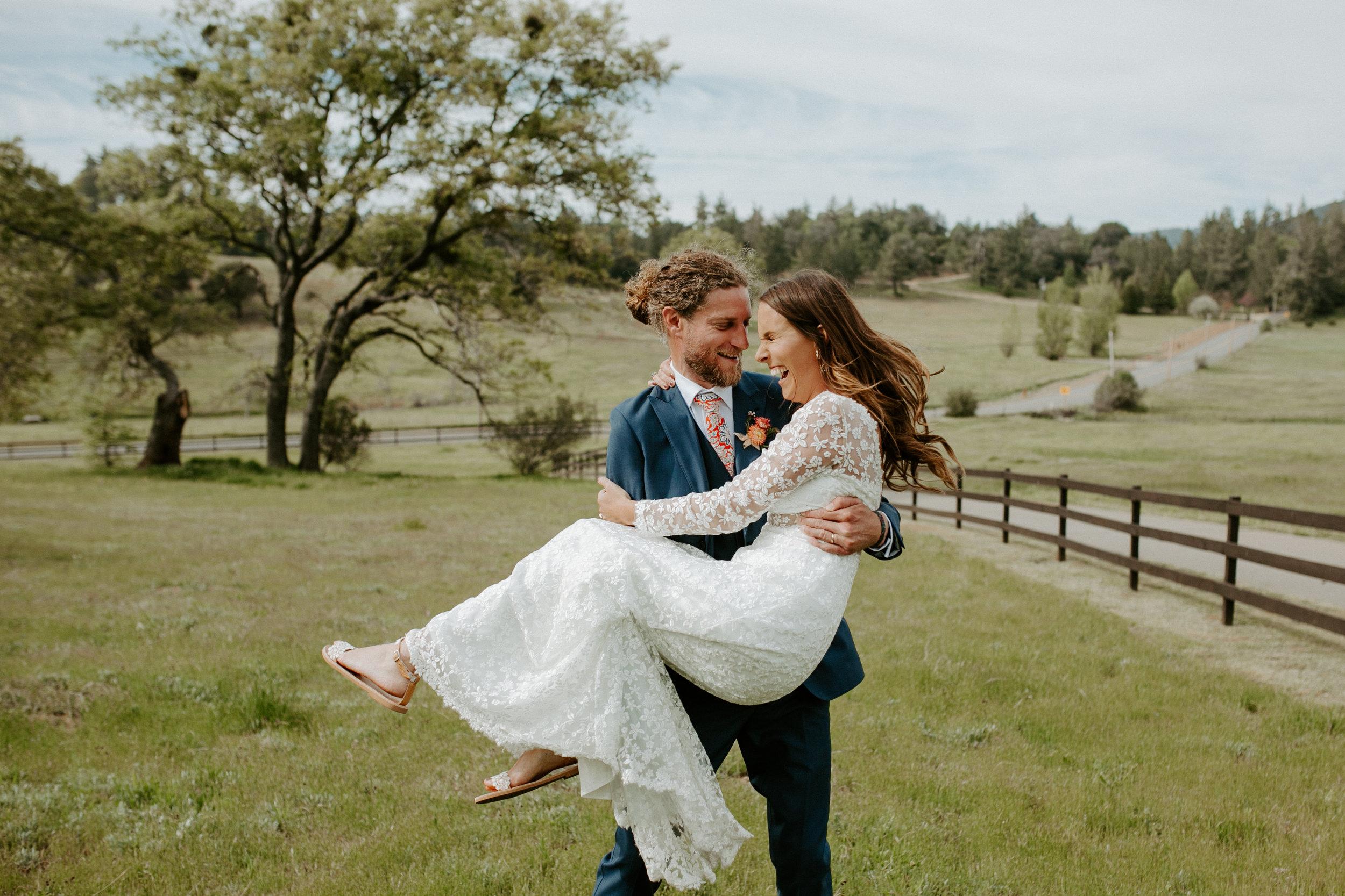 pinkfeatherphotography- SacredMountain ranch- wedding -8592.jpg