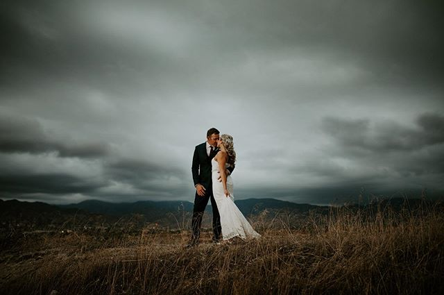 A little tasty from last weekends wedding. This sky was beyond Insane. There was a couple moments where I thought we were going to get poured on but the sky decided to just make all my dreams come true instead!  Congrats to these two!