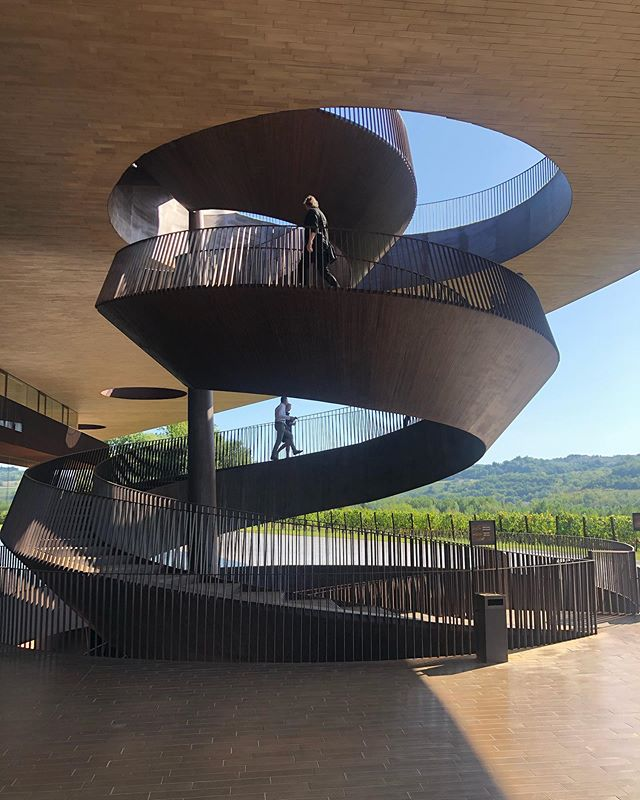Amazing Antinori #tuscany #culture #winery with @hullebusch_naturalstone