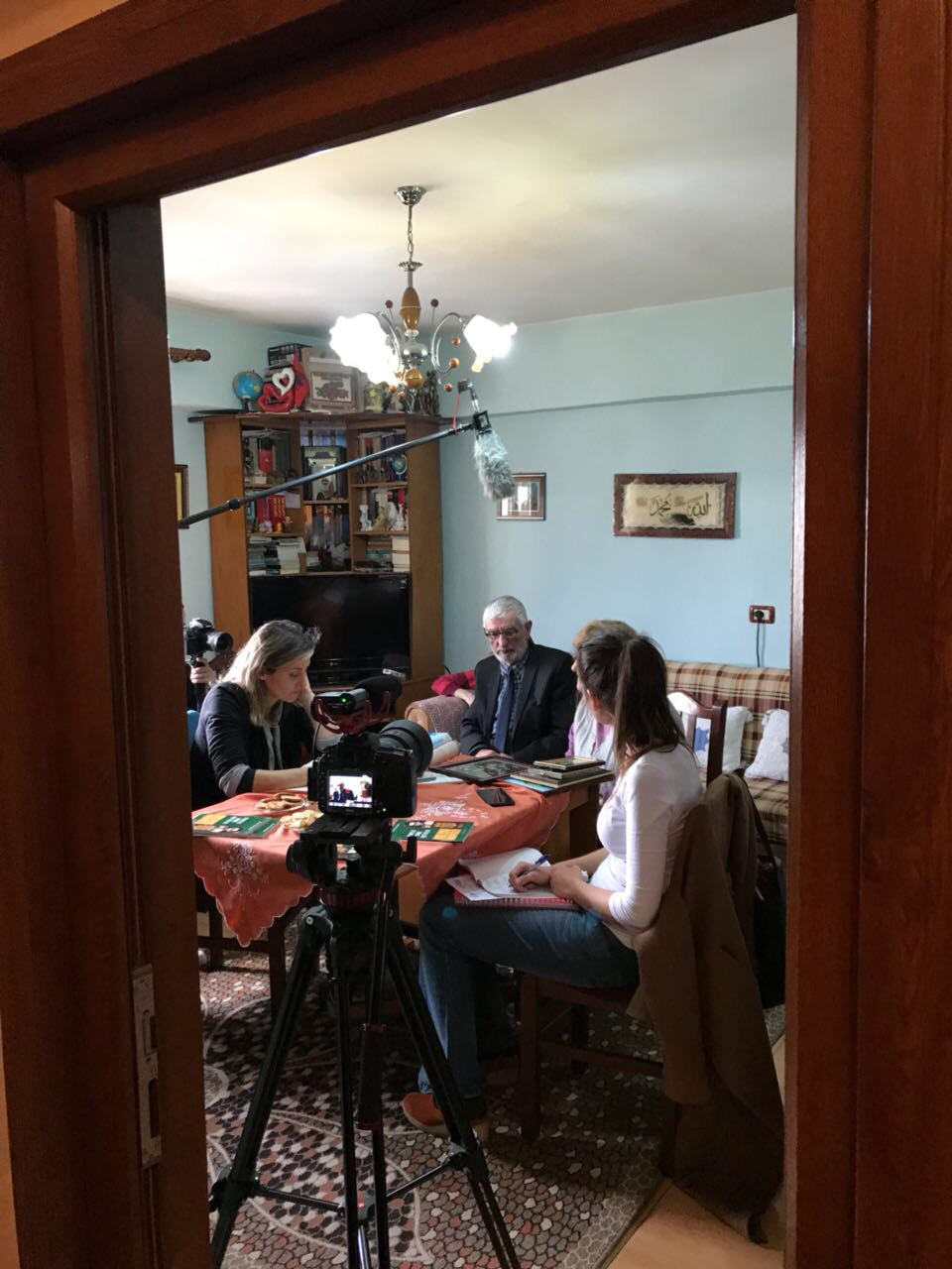 Interviewing the poet Ylber Merdani in Korce, at his house together with his wife Shpresa Merdani.