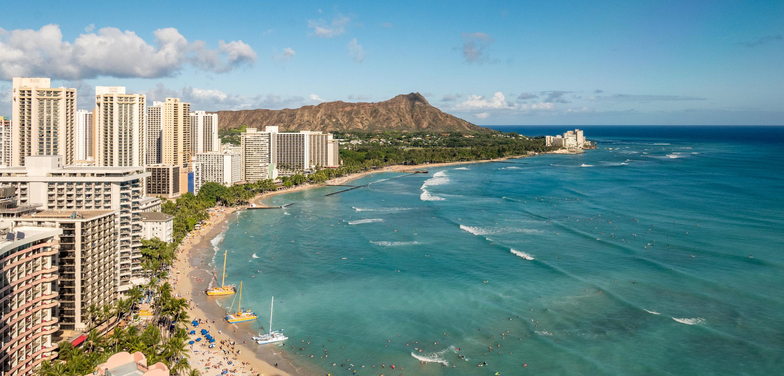 Waikiki Beach, Honolulu, Oahu and Diamond Head