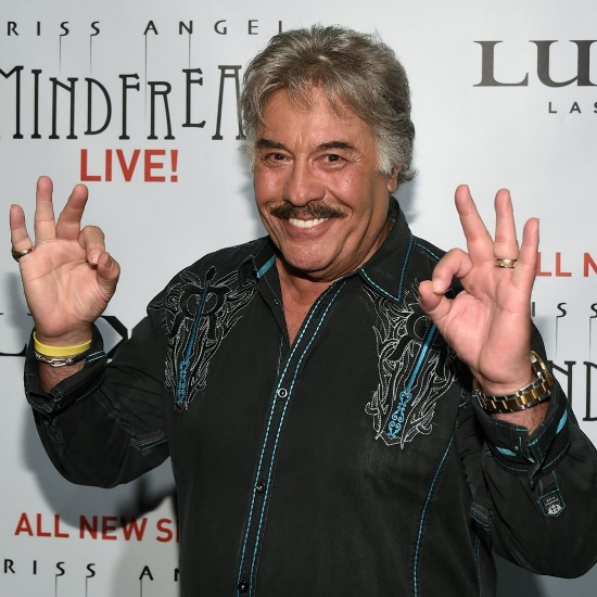 Tony Orlando, back when he had ten whole fingers, before the bloody  coup    d'état   by his garage door mechanism.