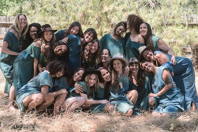 Sending so much love and mid-summer blessings to this courageous first group of apprentices who are out in the community and the world sharing their own unique flavor of magic and medicine. (ritual garments by @cedargrace)  #medicinemandala2018 #sistersoftheoaks #greenmagic #elementals (Photo by @erin___leigh )