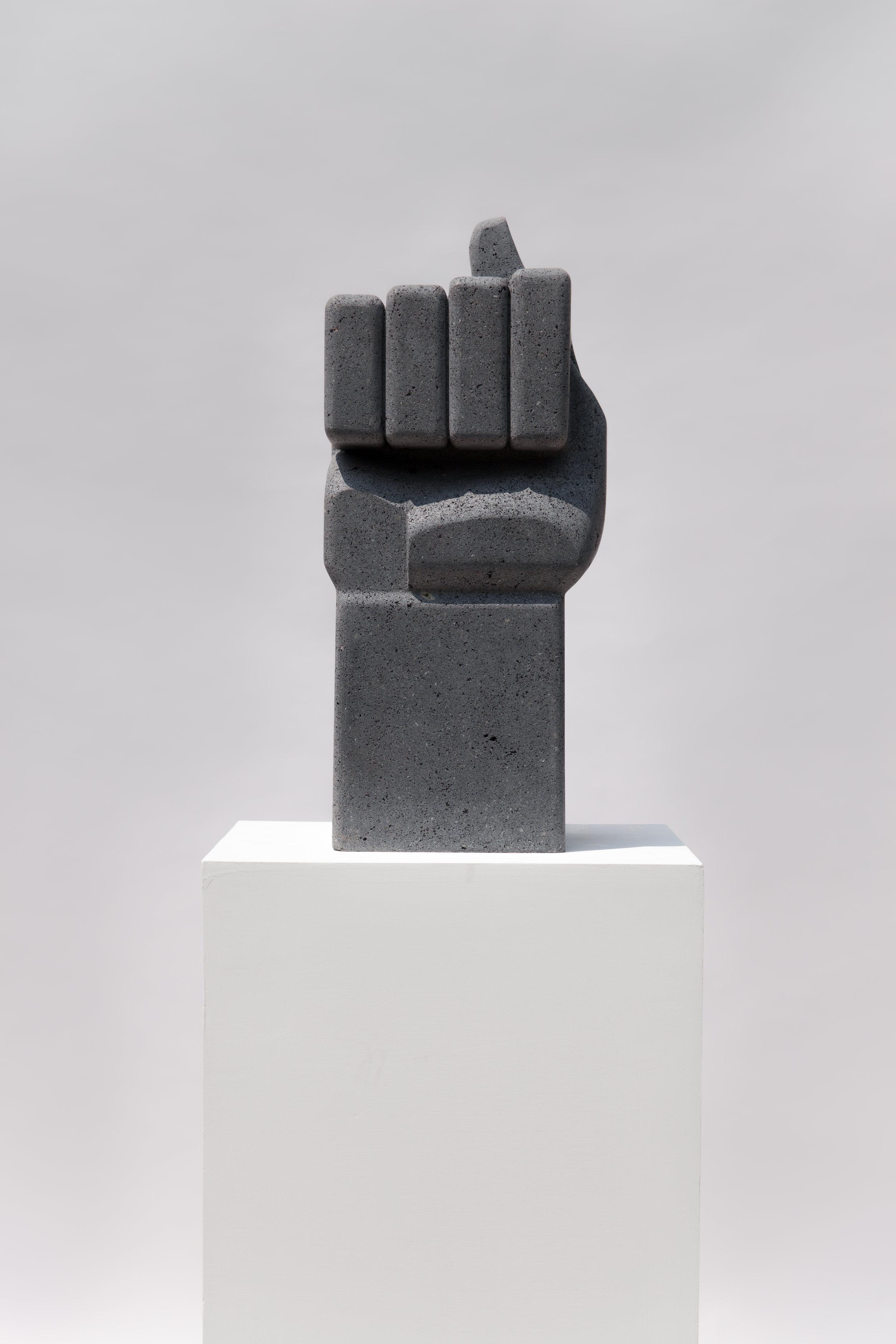 4. Figa, Pedro Reyes, 2017. Galeria Luisa Strina, São Paulo. Courtesy Galeria Luisa Strina.