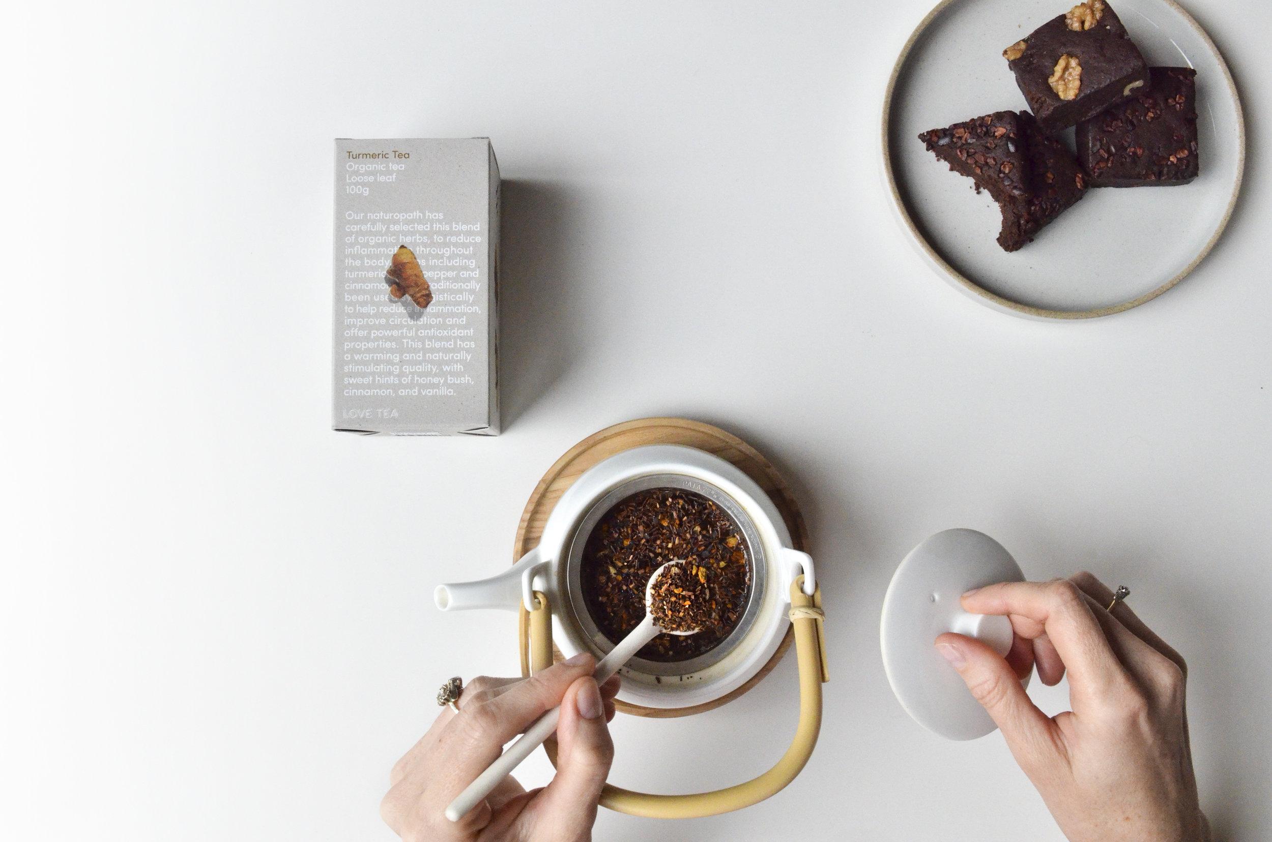 turmerictea-brownie.jpg