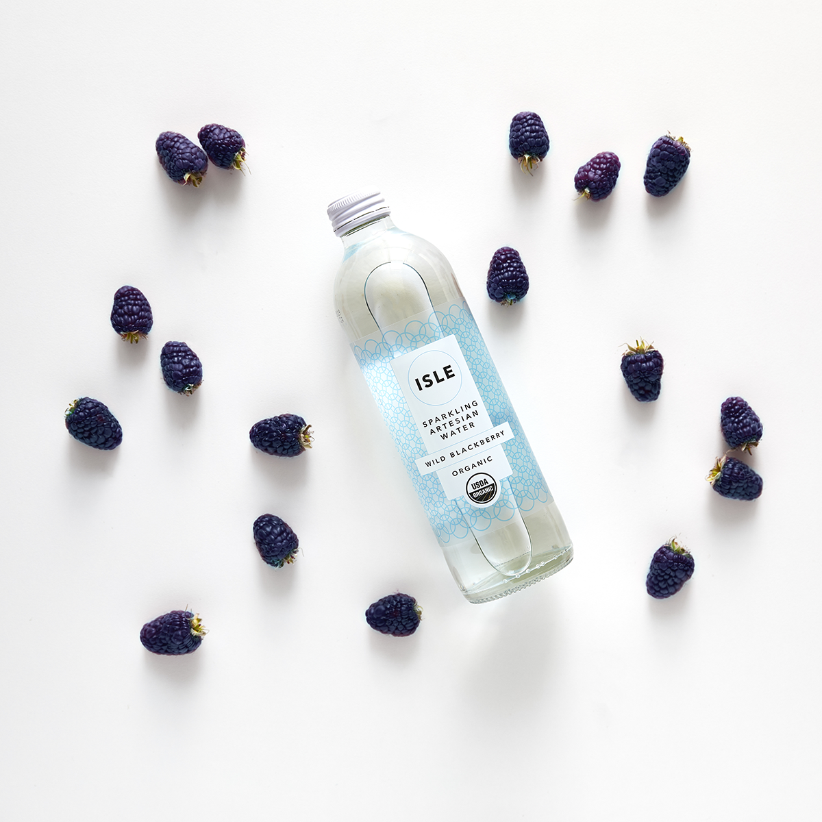 WILD BLACKBERRY - Enjoy the very berry delights of wild blackberry extract infused with sparkling New Zealand artesian spring water.