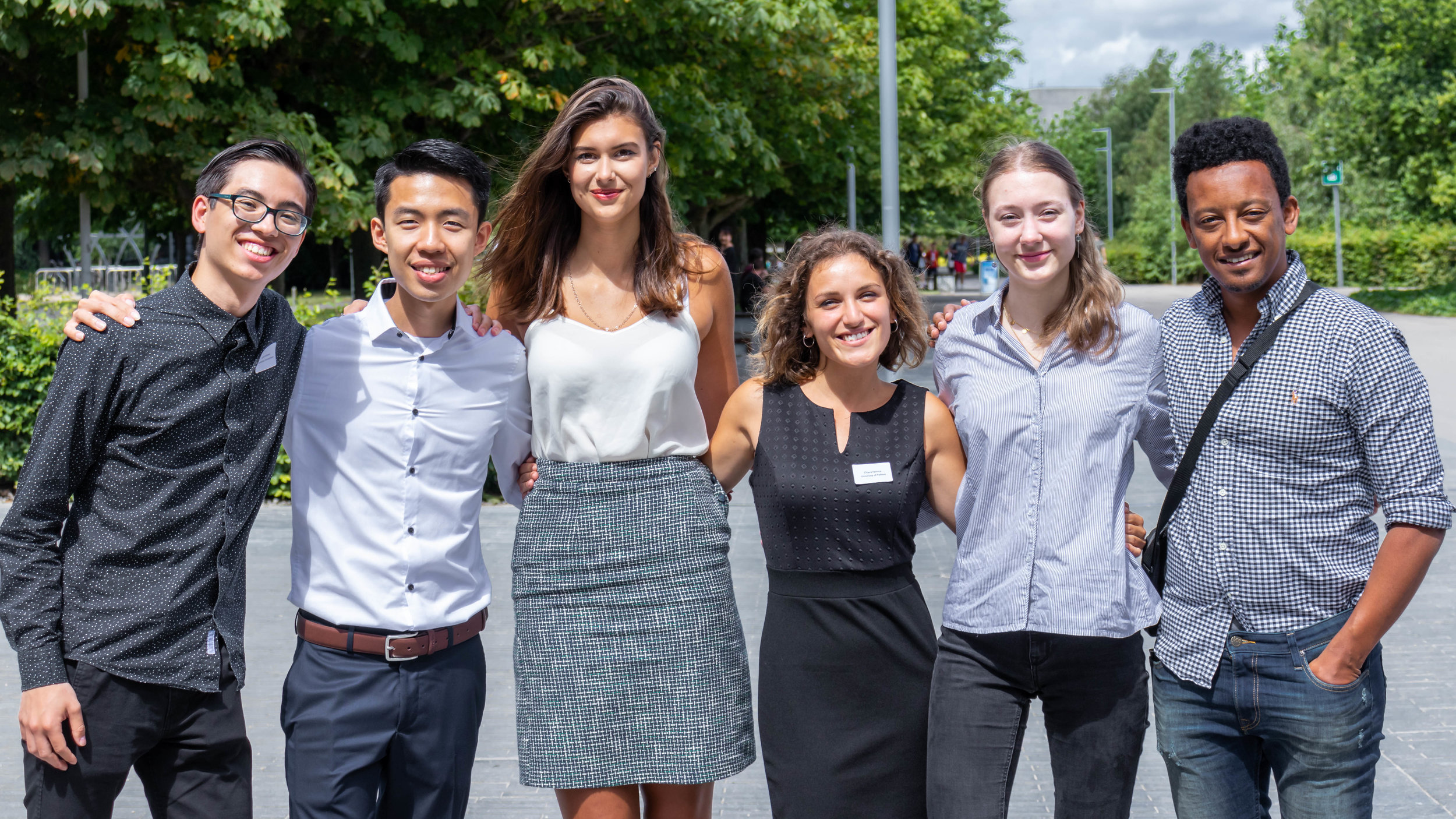 The winning team Ampai, Ampai! (Left to right: Guilly, Tuan Jun, Gabriela, Chiara, Eva and their staff advisor Solomon)