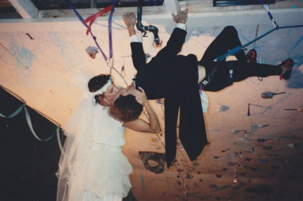 Margarita and René saying their vows on belay in 1993. Photos courtesy of Margarita Martínez.