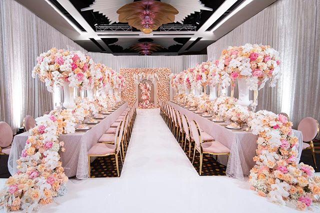 📸 @shotbythom  Floral design, styling and concept @johnemmanuelfloralevents | Presented by @matthewlandersacademy | Media Partner @weddedwonderland |  Flower sponsors @wafex_australia @royalflowersgroup @byfodflowers | Sundries, vaseware, candle ware, centrepieces @kochandco | Venue @crownresorts | Guest speakers @dianekhouryweddingsandevents @matthewlanders | Chairs, cutlery, charger plates/glasses candle ware @eventartillery | Custom dance floor @perthdancefloors |  Chandeliers @posh.props | Cake @delarosacakes | Photography @shotbythom | AV, draping @avpartners  Suit @alexgoodman | Luxury linen @harboursidedecorators | Hair make up @akmakeupartistry_ @perth.fashion.blogger  #johnemmanuel  #jeperth #johnemmanuelfloralevents #jeluxuryweddingmasterclass #wedding #masterclass #weddingmasterclass #weddedwonderland #whitedancefloor #whiteglossdancefloor #glossdancefloor #dancefloor #dancefloordecor #dancefloors