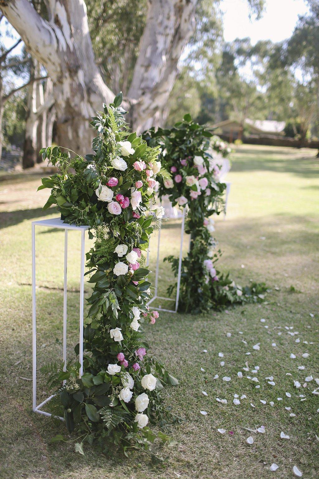 style-by-ashleigh-k-wedding-stylist-bendigo.jpeg