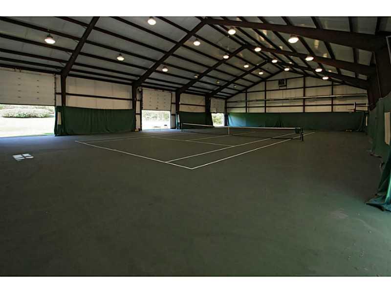 Basketball and tennis facility