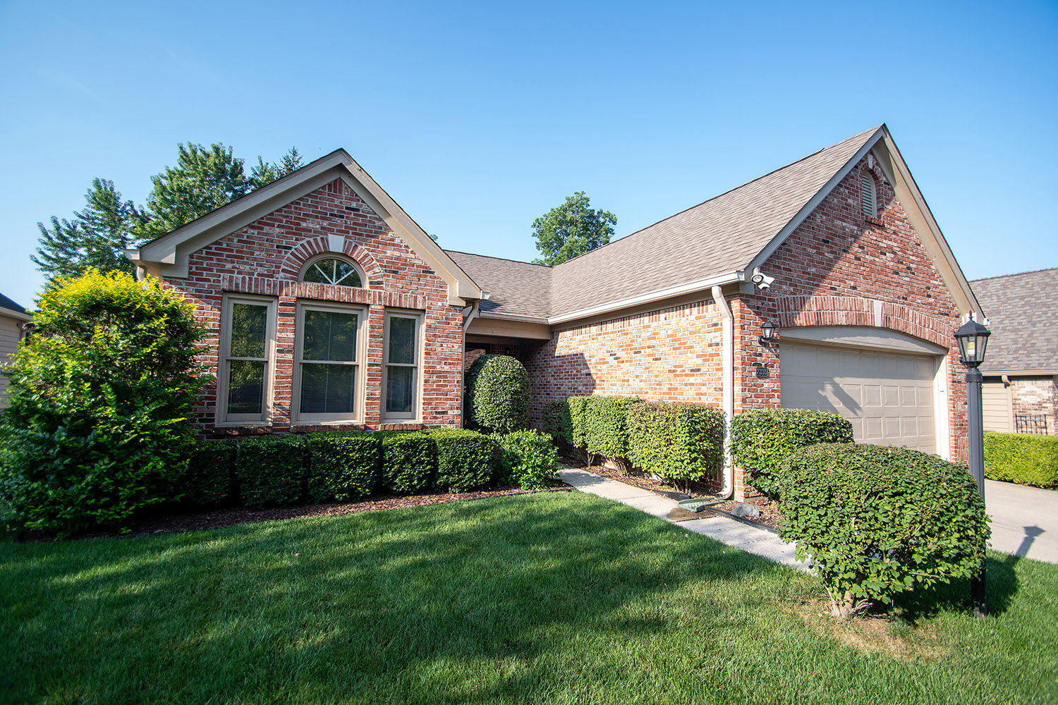 7335 Pymbroke Dr., Fishers   Listed at $250,000