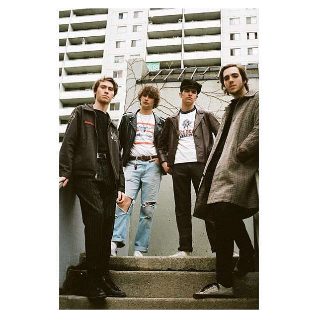 12.07.19 (📸: @austen_ambraska) - - - - - - - #fadeawaays #fadeawaaysband #newmusic #newrelease #garagerock #indierock #rockmusic #indiestyle #indieartist #35mm #35mmfilmphotography #torontomusicscene #toronto #band #bandsintorontoeh #rockband #bandpic