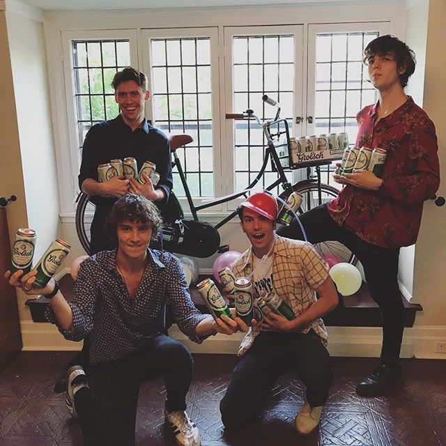 """As They Do"" is out in the world, now it's time to partayyy! 🎉 Thank you sooo much to @grolsch_ca for helping us celebrate. ❤️ - - - - #fadeawaays #fadeawaaysband #astheydo #newsingle #newmusic #newmusicfriday #grolsch #grolschbeer #grolschcanada #rocknroll #rockmusic #garagerock #indierock #alternativerock #music"