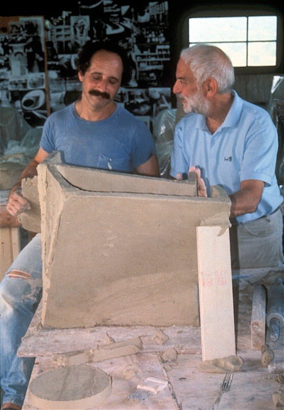 Paul Chaleff and Anthony Caro in Chaleff studio 1996.jpg