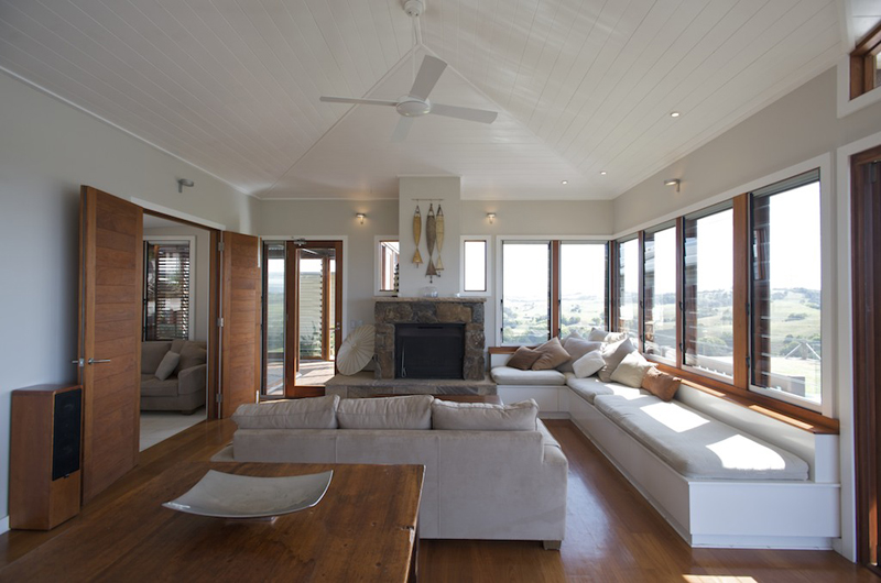 inside living room 4.jpg