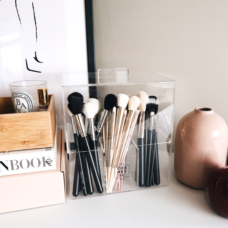 Brush-Box-With-Lid.jpg