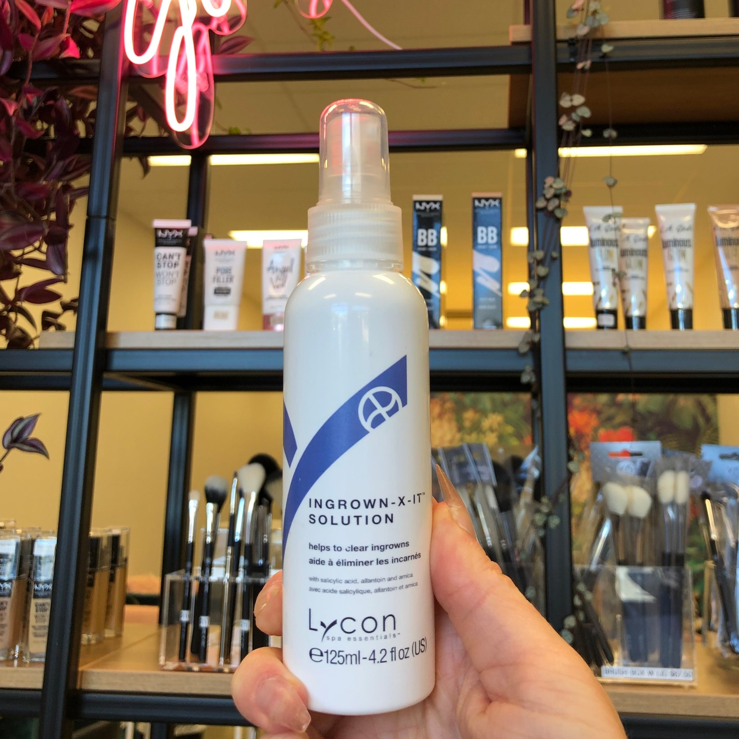 Got Ingrown Hairs? - This incredible product by LYCON (THE WAX BRAND WE USE) IS A GAME CHANGER WHEN IT COMES TO CLEARING INGROWN HAIRS. THIS PRODUCT IS AVAILABLE IN SALON IS ONLY $32.50