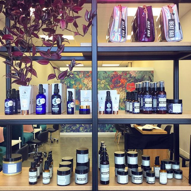 Have you come into the salon to see our skin care range? We carry @nellietier @tierforteens and @tailorskincare in salon. Both made with natural ingredient and made in New Zealand 🇳🇿 so you can feel good about putting them on your skin! We've got products suited for all skin types, so come into the salon today to find your new skin care regime! 😍 #evebeauty ❕ • • • • • #queenstownbeauty #queenstownnz #queenstownnails #queenstownmanicures #cnd #shellac #queenstownlive #beauty #beautysalon #queenstownsalon #queenstownlashes #lvllashlift #beautytreatments #acrylicnails #queenstownacrylicnails #queenstownmakeup  #discoverunder10k #bbloggersnz #nzblogger #lashes #instabeauty #nzboutique  #queenstownmua #nzmakeupartist #nzbeautyblogger #queenstownmakeupartist