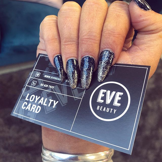 Want long nails? We have one appointment left for acrylics on Monday at 5.30pm 😍 you can book in via the link in our bio 👌 #evebeauty ❕ • • • • • #queenstownbeauty #queenstownnz #queenstownnails #queenstownmanicures #cnd #shellac #queenstownlive #beauty #beautysalon #queenstownsalon #queenstownlashes #lvllashlift #beautytreatments #acrylicnails #queenstownacrylicnails #queenstownmakeup  #discoverunder10k #queenstownmakeuplessons #lashextensions #lashes #dippingpowdernails #queenstowneyebrows #queenstownmua #nzmakeupartist #snsnailsqueenstown #queenstownmakeupartist