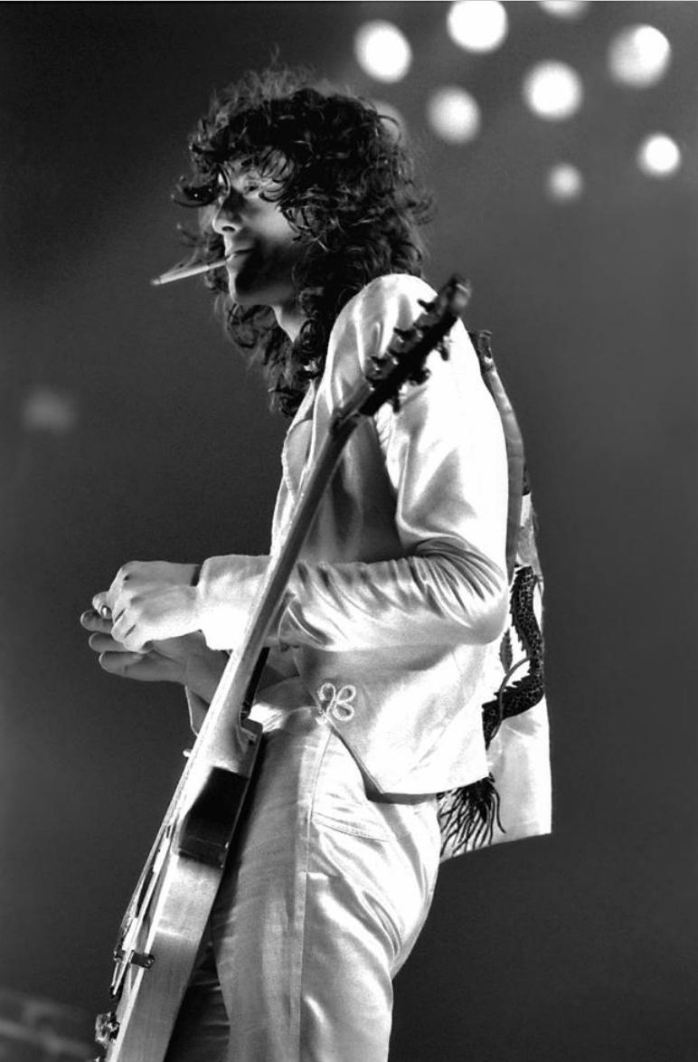 Jimmy Page 1977 (24 x 20)