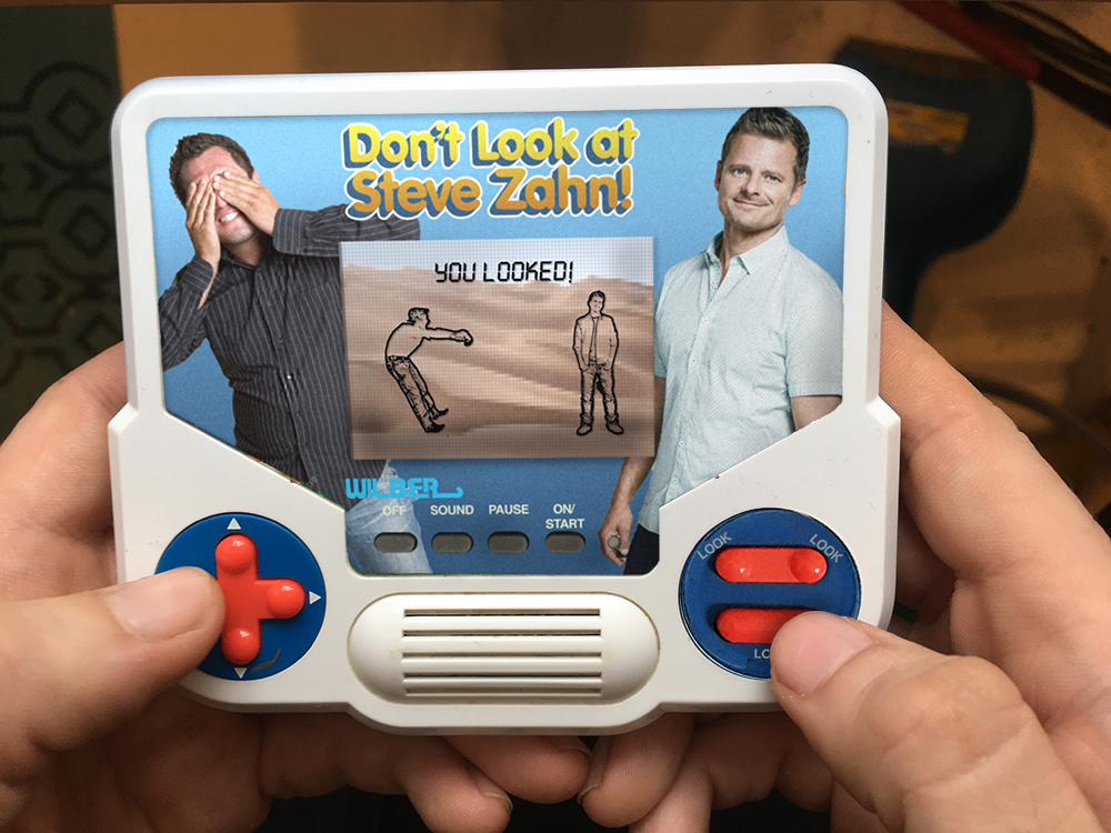 This is an imaginary handheld game from the '90s that I wish I could have played.