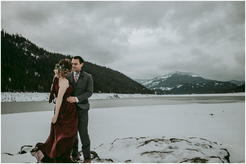 winter-bridal_0056.jpg