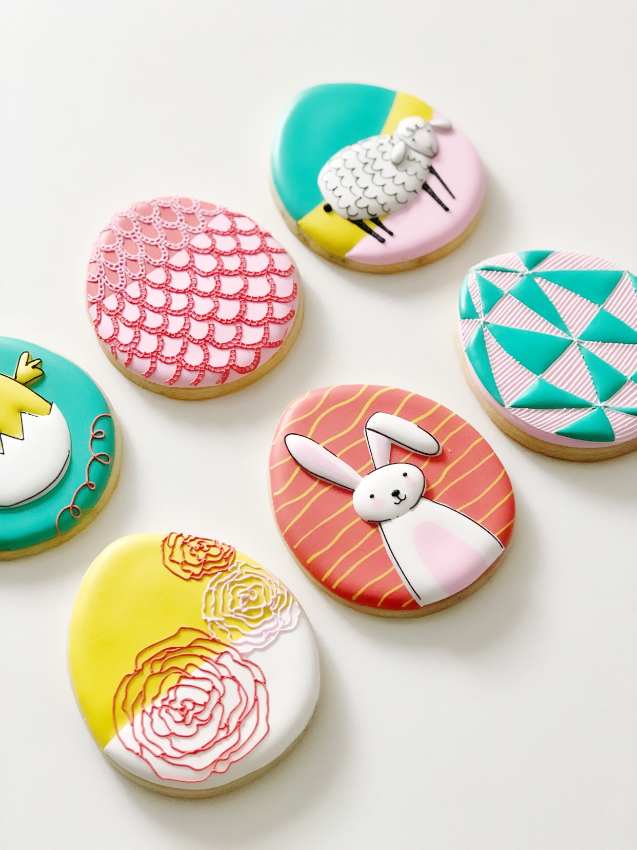 SEASONAL COOKIE DECORATING WORKSHOP