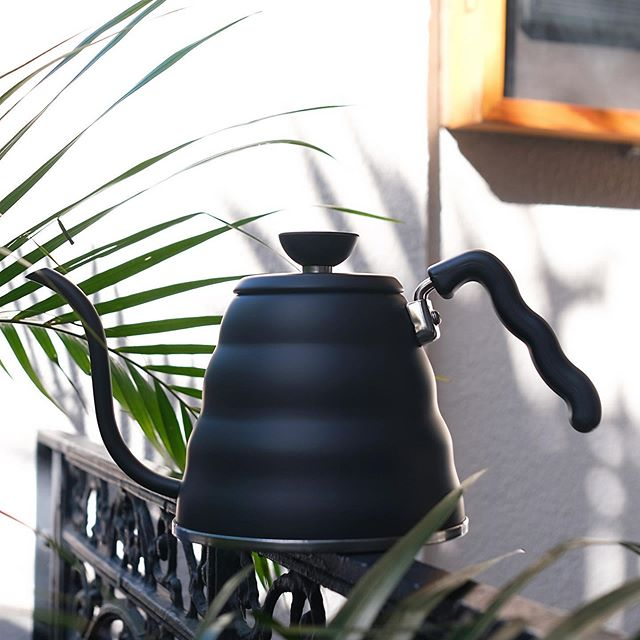 // the hario v60 buono kettle now comes in a sleek matte black finish and pours like no other kettle in the world. the accuracy and precision allows for that circular motion pour with the guidance of just one finger. this kettle is a must have for drip brewing methods and is now available in store and online // #circaespresso