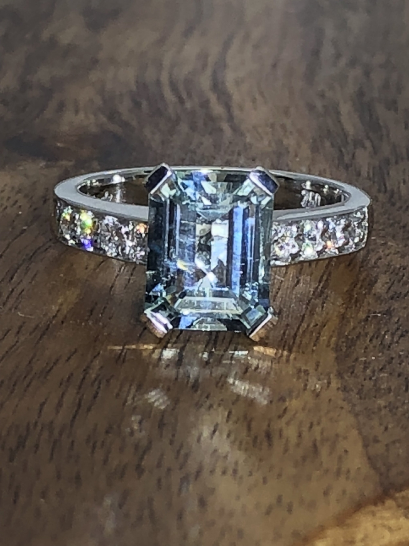Aquamarine andDiamond Ring