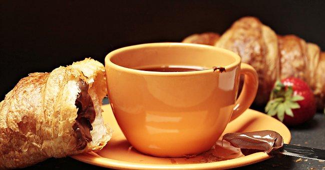 - Tutte le mattine fai colazione con le nostre brioches di pasticceria, dalle ore 7:00