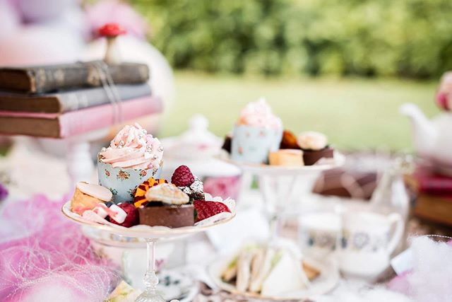 The sweetest things ... 🌸👑 Our Mad Hatter-themed children's high tea - complete with jam tarts, of course! 🥰  Dream Team: Photo shoot coordinated by @social_creative Photography @maxtedvisual Luxury marquee @exoticsoirees Venue/catering @teavine_house Balloons/ styling @lovenwishesstyledevents Entertainment @ring_aroundtherosie Cherry blossom trees @nextevent.com.au Cake @whiskbySarah Stationery @lovenotesaustralia