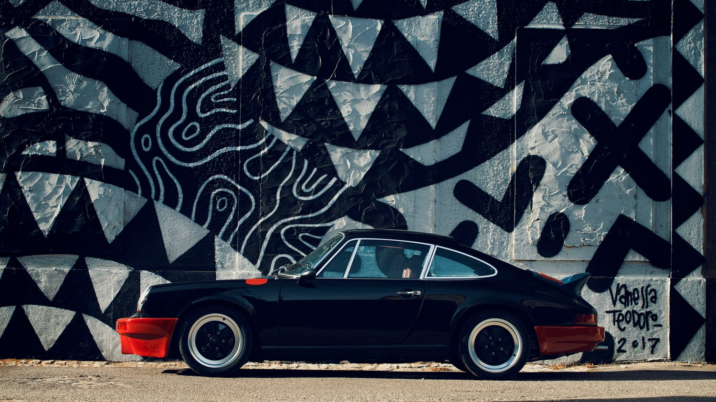 BLACK RUNNER - '74 PORSCHE 911