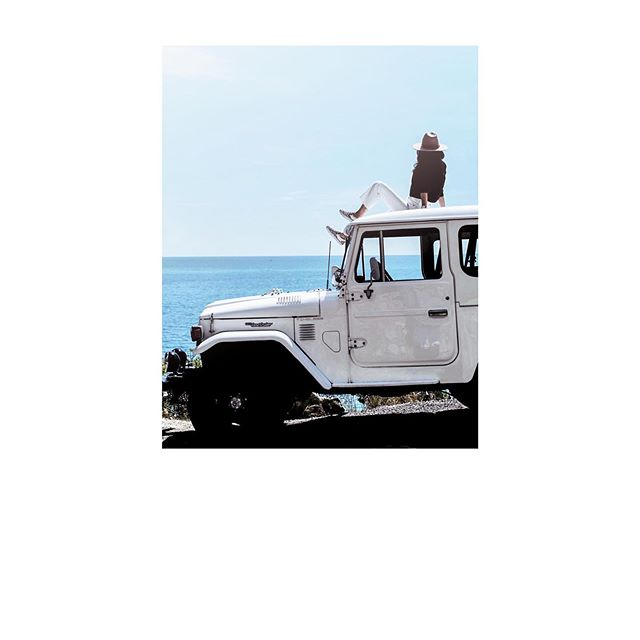 📷 @julien_scheubel .⠀ .⠀ .⠀ .⠀ #getoutanddrive #landcruiser#lifestyle#outdoors#timelessgarage#leica