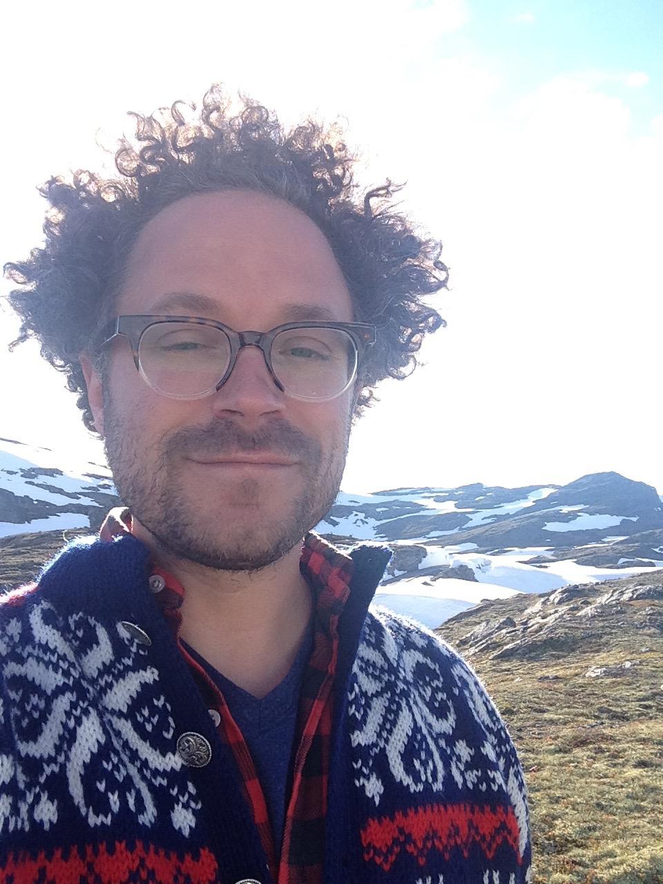 Professor Aaron Rosen