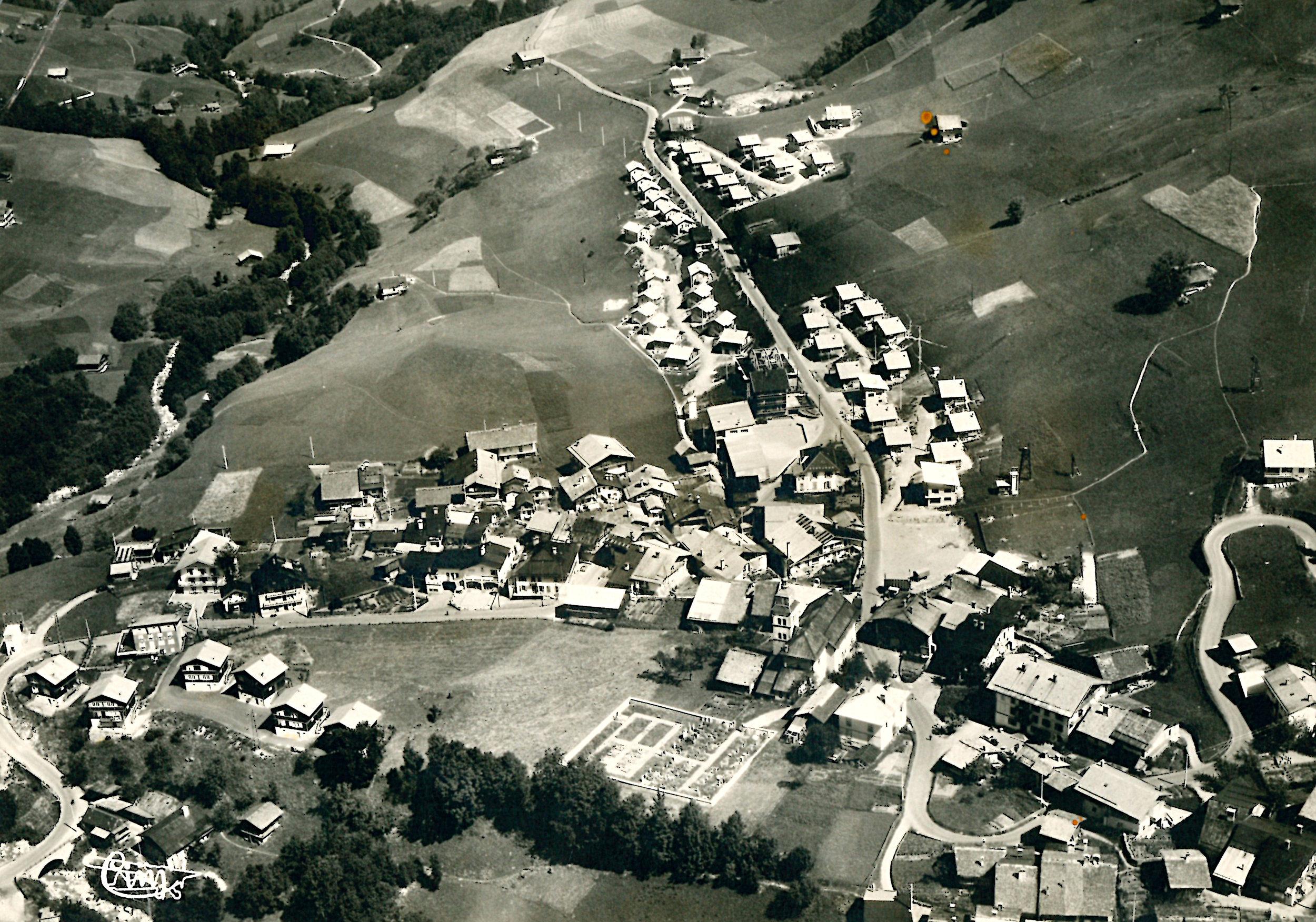 Le village d'Arêches dans les années 1950