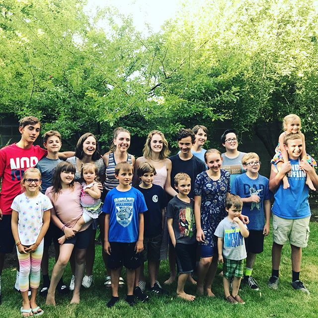 Missing 5 cousins and 4 siblings but this is pretty good... #utahlove #family ❤️