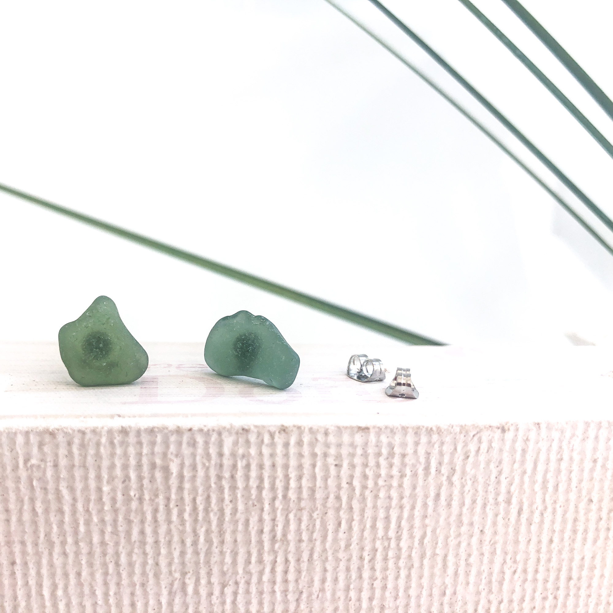 green sea glass studs - • genuine sea glass jewellery from France• handcollected at the French riviera• stainless steel posts• SGES1.215 Euro